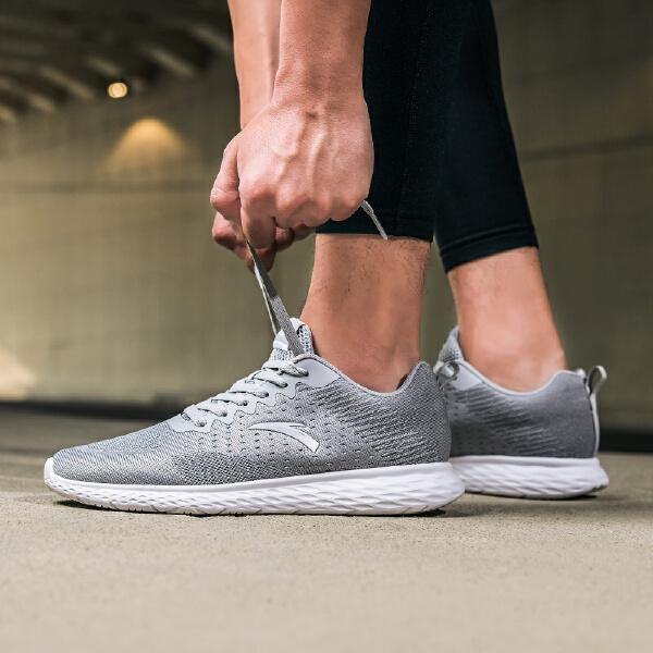 安踏 跑步系列 男子跑鞋-11825577