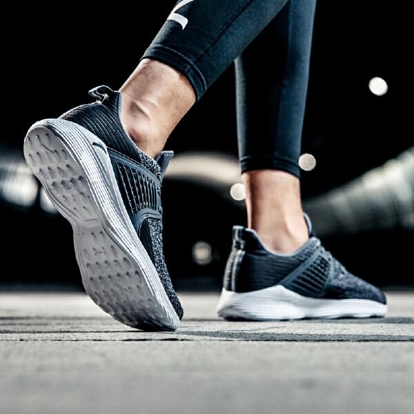 安踏 跑步系列 男子跑鞋-11835565