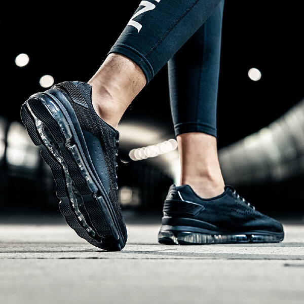 安踏 跑步系列 男子跑鞋-11835598
