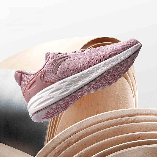 安踏 跑步系列 女子闪能科技跑鞋-12815532