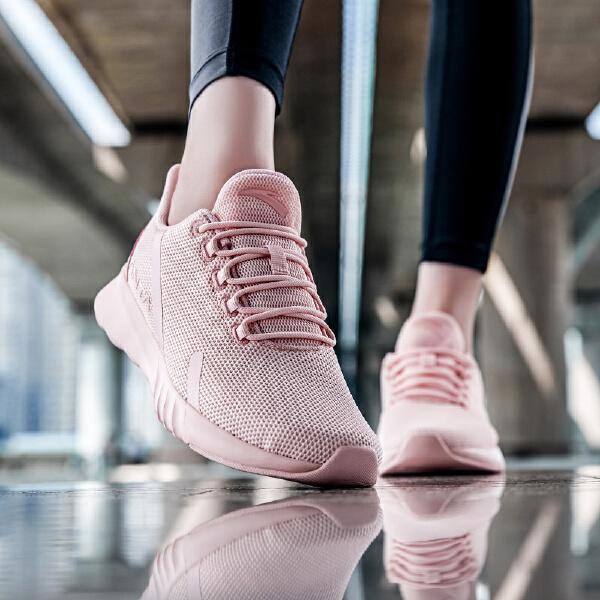 安踏 跑步系列 女子跑鞋-12835551