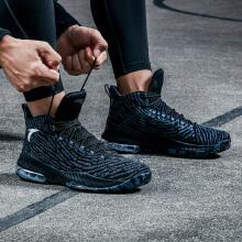 篮球鞋新款男子防滑健跑气垫减震比赛篮球鞋运动鞋战靴