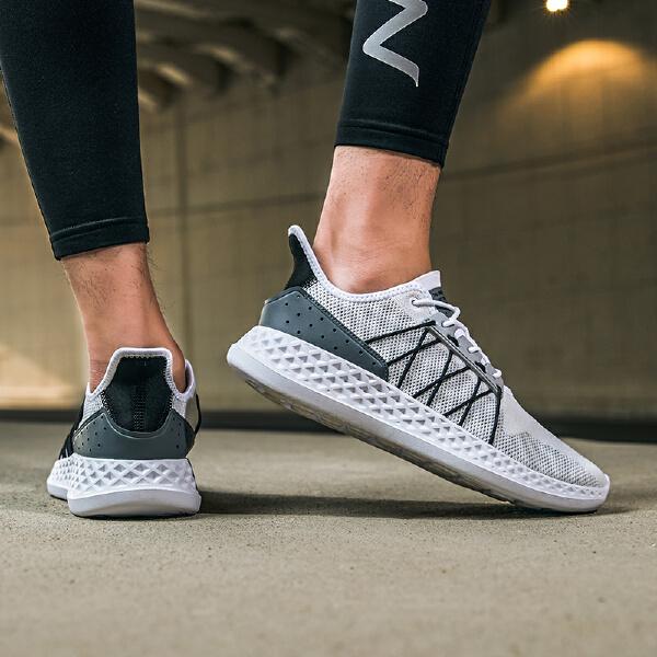 安踏 跑步系列 男子跑鞋-91825532