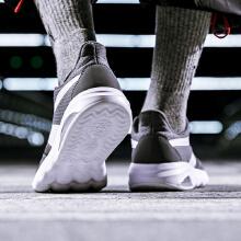 男鞋2019新鞋春季复古时尚潮流休闲鞋男士气垫跑步鞋运动鞋