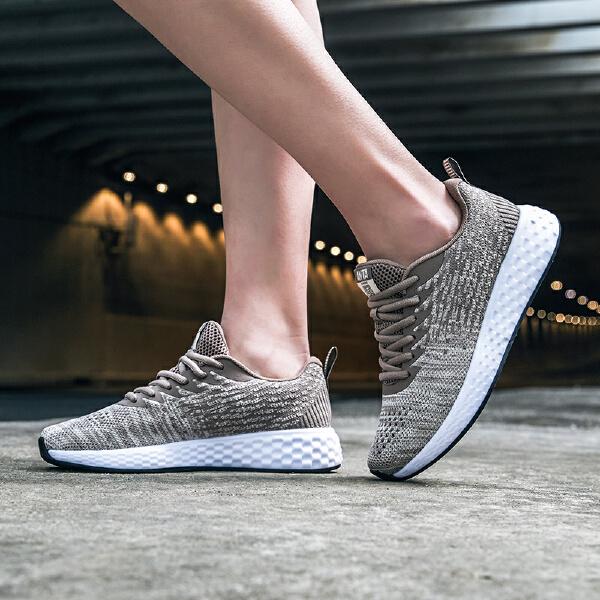 安踏 跑步系列 女子跑鞋-92825560